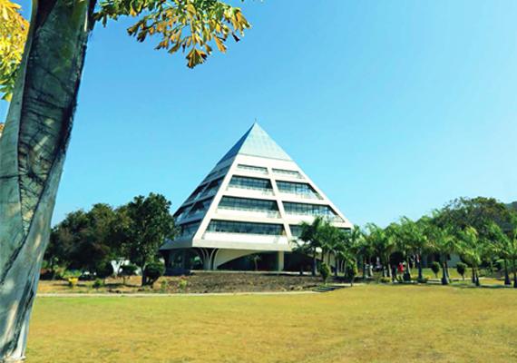 About Jagran Lakecity University