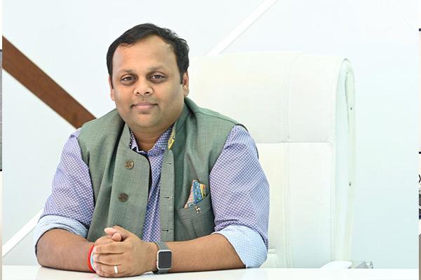 Mr.-Abhishek-Mohan-Gupta-Pro-Chancellor-Jagran-Lakecity-University-Bhopa